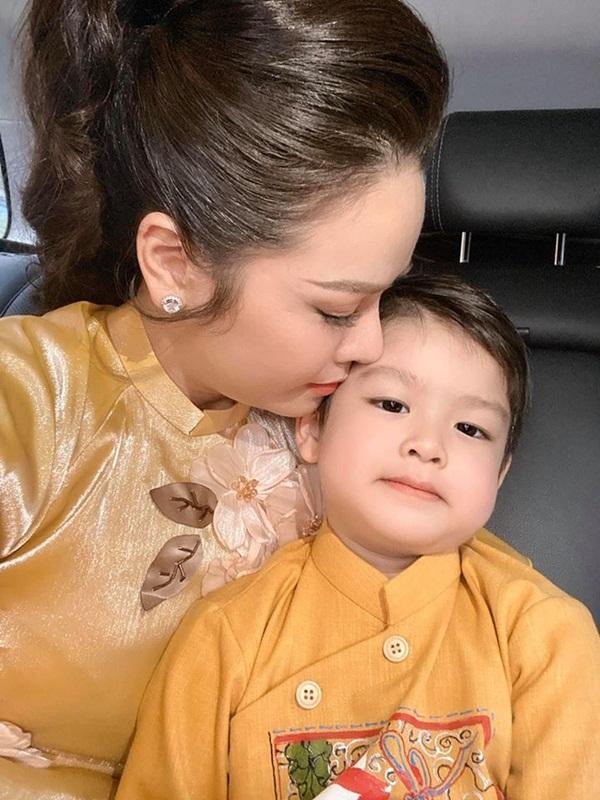 Chồng cũ Nhật Kim Anh: Con đang sống yên ổn cô ấy lại giành nuôi-3