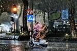 Thời tiết hôm nay 26/3, mưa giông lốc sét bao trùm 3 miền-2