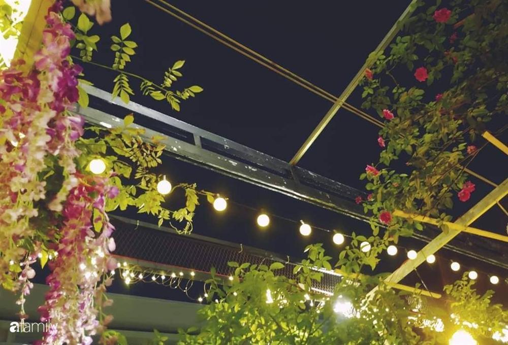Ngôi nhà đẹp yên bình, lãng mạn nhờ người đàn ông đảm đang tự decor vườn và trồng đủ loại hồng ở Sài Gòn-6