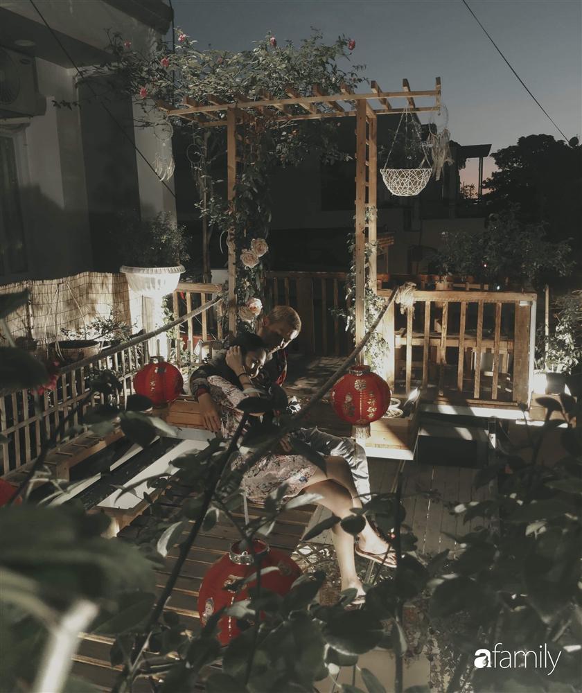 Ngôi nhà đẹp yên bình, lãng mạn nhờ người đàn ông đảm đang tự decor vườn và trồng đủ loại hồng ở Sài Gòn-22