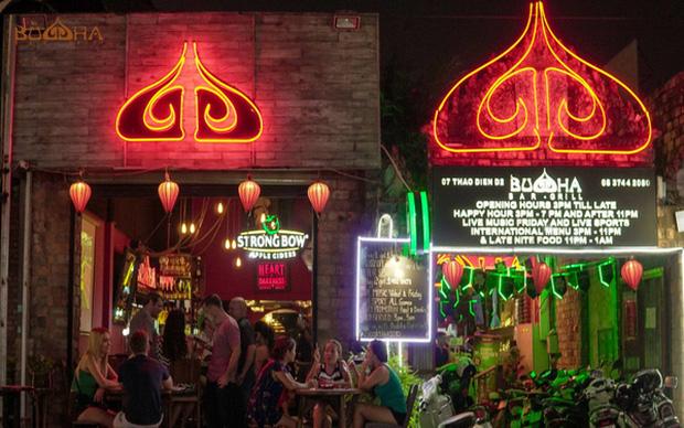 Sau nam phi công Vietnam Airlines, đã có thêm 7 ca nhiễm Covid-19 liên quan đến quán bar Buddha-2