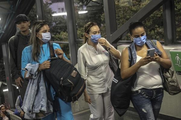 Mỹ: Xác nhận trường hợp đầu tiên tử vong do nhiễm Covid-19 là trẻ vị thành niên-1