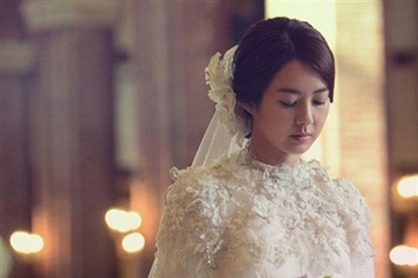 """Sắp đến ngày cưới, dâu mới quyết tâm hủy hôn vì câu nói từ chồng: Nhìn em mà anh xấu hổ"""", biết rõ câu chuyện ai ai cũng ngã ngửa-2"""