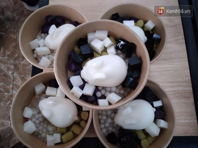 Chủ quán ăn ở Hà Nội nấu hàng trăm suất cơm, chè miễn phí cho những y bác sỹ đang gồng mình chống dịch Covid-19 tại BV bệnh Nhiệt đới TW-12