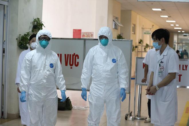 Phó Giám đốc Sở Y tế Hà Nội: Nguồn lây của một số bệnh nhân chưa rõ ràng, trên địa bàn bắt đầu có biểu hiện lây lan ra cộng đồng-1