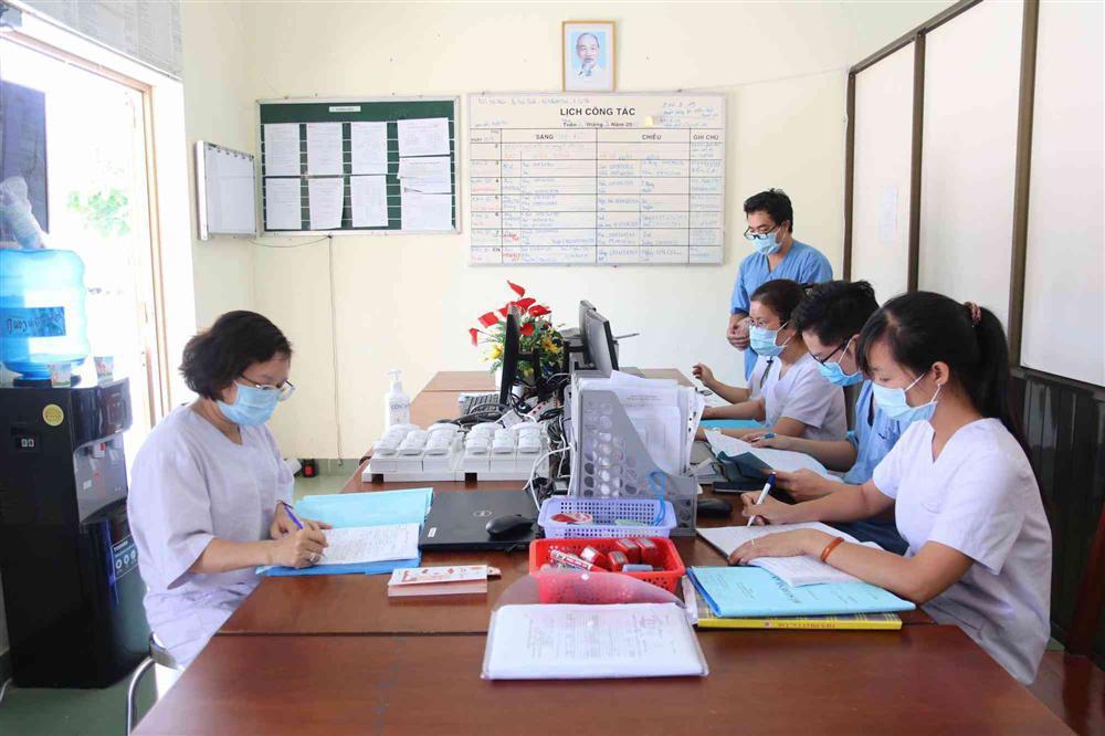 TP.HCM đưa ra hàng loạt khuyến cáo trong các ngày tới: Ở nhà càng nhiều càng tốt-3
