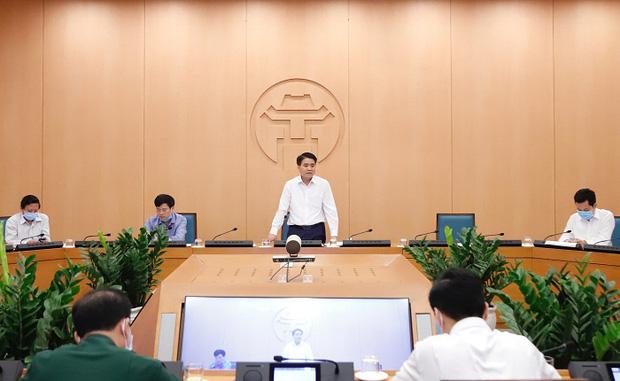 Chủ tịch HN: Cửa an toàn đang khép lại, nhưng vẫn còn cơ hội nếu người dân đồng lòng thực hiện nghiêm túc cách ly, ở nhà để không cho điều kiện dịch bệnh lây lan-2