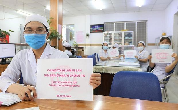 Chủ tịch HN: Cửa an toàn đang khép lại, nhưng vẫn còn cơ hội nếu người dân đồng lòng thực hiện nghiêm túc cách ly, ở nhà để không cho điều kiện dịch bệnh lây lan-4