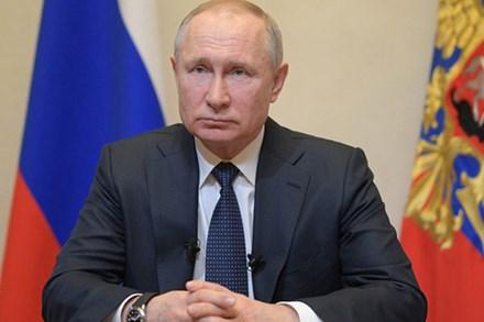 Khuyến khích dân ở nhà vì Covid-19, Tổng thống Nga Putin tuyên bố cho người lao động nghỉ 1 tuần vẫn được hưởng lương