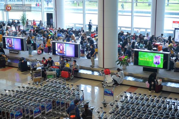 Phạt hành chính 10 triệu đồng du học sinh trốn cách ly ra sân bay Nội Bài định sang Anh-1