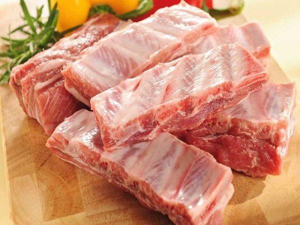 Sườn, thịt lợn có những dấu hiệu này chớ có ăn kẻo ân hận cũng muộn-2