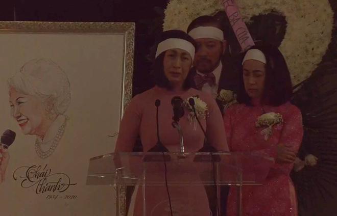 Lễ tang danh ca Thái Thanh: Chỉ có người thân, công chúng chia buồn qua livestream, Ý Lan gục bên quan tài mẹ-1