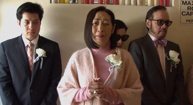 Lễ tang danh ca Thái Thanh: Chỉ có người thân, công chúng chia buồn qua livestream, Ý Lan gục bên quan tài mẹ-8