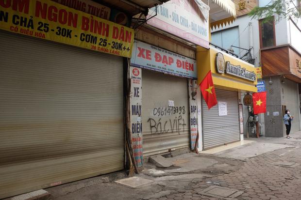 Circle K Chùa Láng - nơi có khách nhiễm Covid-19 ngồi 4 tiếng để mua sắm vẫn mở cửa-4