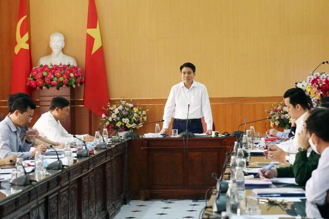 Chủ tịch Hà Nội giải thích về 20 ca dương tính chưa phát hiện-1