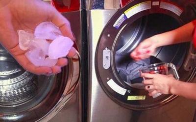 Bỏ vài viên đá lạnh vào máy giặt, xem kết quả mẹ đảm nào cũng muốn học theo-2