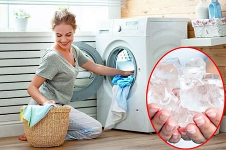 Bỏ vài viên đá lạnh vào máy giặt, xem kết quả mẹ đảm nào cũng muốn học theo