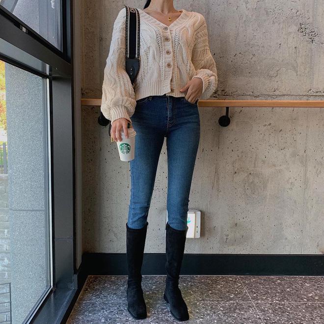 4 lối lên đồ với skinny jeans đảm bảo ăn tiền, vừa tôn dáng lại vừa trendy chẳng ai dám chê bạn lỗi mốt-8
