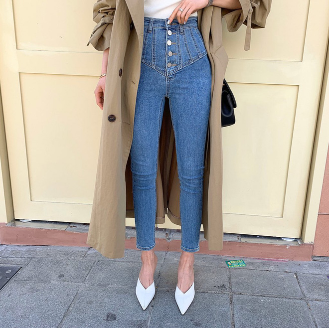 4 lối lên đồ với skinny jeans đảm bảo ăn tiền, vừa tôn dáng lại vừa trendy chẳng ai dám chê bạn lỗi mốt-13