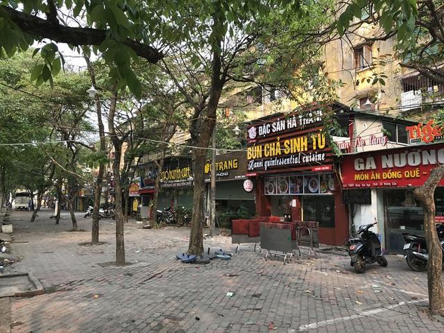 Tránh dịch Covid-19, hàng quán Hà Nội đồng loạt đóng cửa, chỉ nhận ship-1