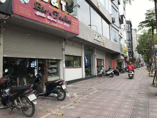 Tránh dịch Covid-19, hàng quán Hà Nội đồng loạt đóng cửa, chỉ nhận ship-3