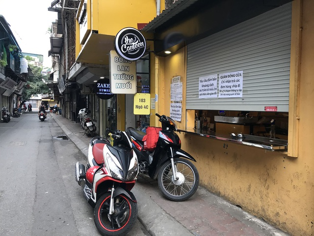 Tránh dịch Covid-19, hàng quán Hà Nội đồng loạt đóng cửa, chỉ nhận ship-8