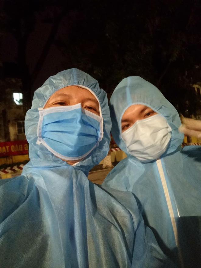 Nữ du học sinh Hà Lan và chia sẻ về những chú bộ đội trong 14 ngày cách ly tập trung: Cái dáng cúi gập người cảm ơn đồng bào khiến ai cũng rơi nước mắt-19