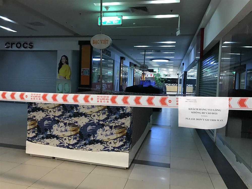 Các khu chợ sinh viên ở Hà Nội đồng loạt đóng cửa phòng dịch Covid-19-8