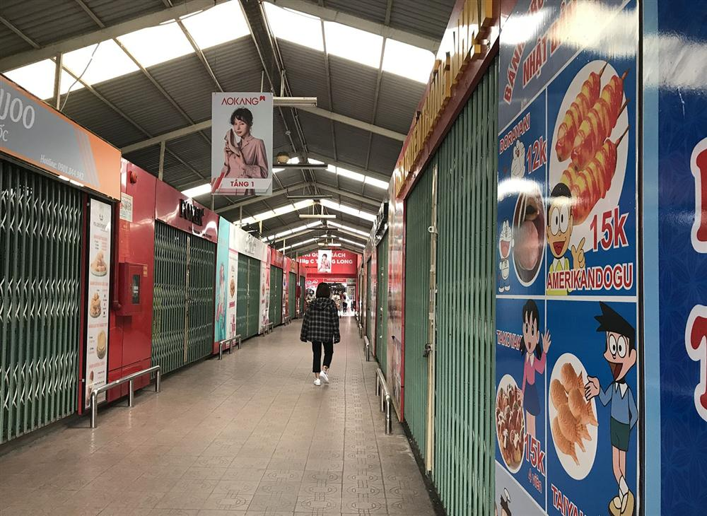 Các khu chợ sinh viên ở Hà Nội đồng loạt đóng cửa phòng dịch Covid-19-9