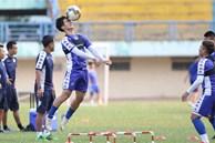 Bóng đá Việt Nam bật chế độ 'tự cách ly' mùa dịch Covid-19, đến lãnh đạo cũng không được vào thăm cầu thủ