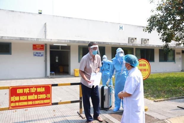 Bệnh nhân số 33 xuất viện tại Huế, Việt Nam điều trị khỏi 21 ca nhiễm Covid-19-1