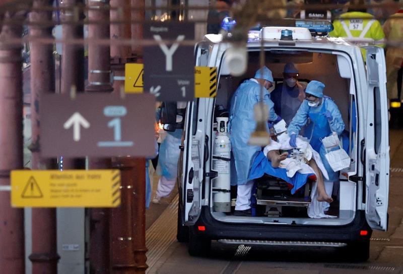 Cái chết của cô gái trẻ nhiễm virus corona và lời cảnh tỉnh cho toàn nước Pháp-1