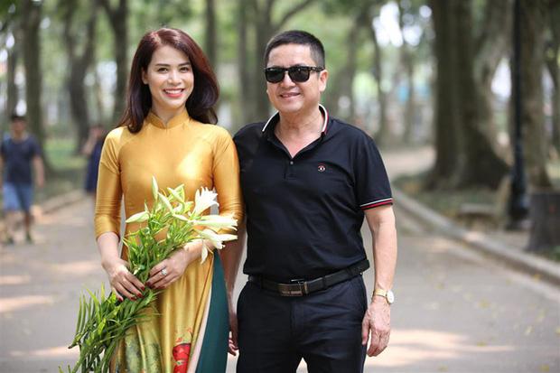 Liên tục bị chỉ trích vì khoe ảnh tình trẻ hậu xác nhận ly hôn vợ cũ, NSƯT Chí Trung gay gắt đáp trả-5