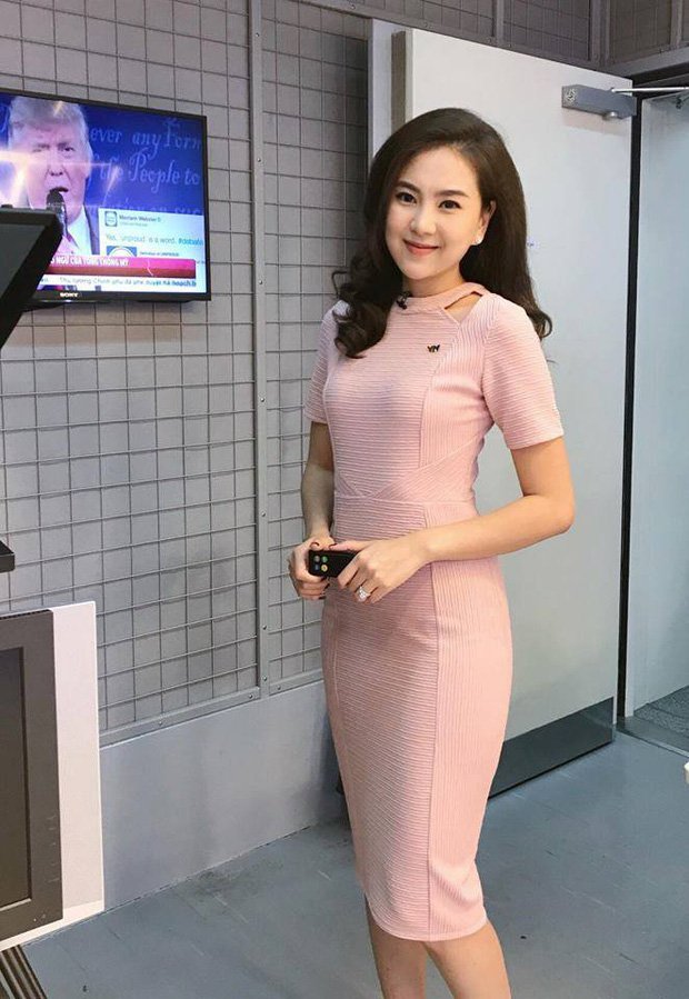 MC Mai Ngọc bất ngờ bị chỉ trích vì tươi cười kém duyên khi báo tử cố nhạc sĩ Phong Nhã trên sóng truyền hình-1