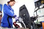 Giá xăng xuống thấp nhất 11 năm