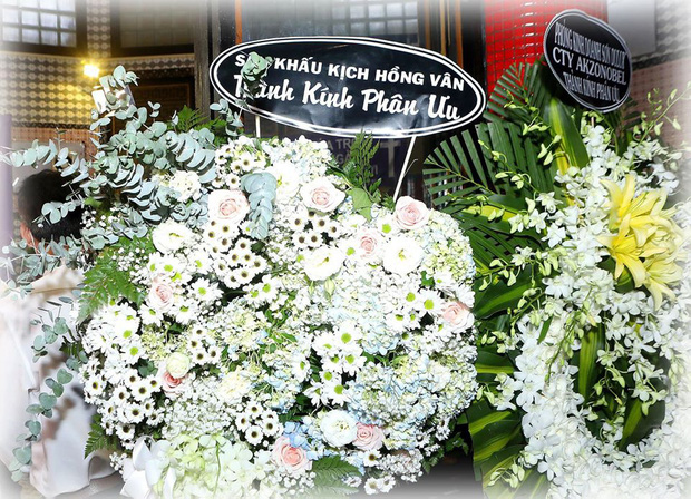 Bức ảnh xúc động nhất hôm nay: NSND Hồng Vân chia sẻ khoảnh khắc Mai Phương bên cố nghệ sĩ Anh Vũ và lý do không tới tang lễ-1