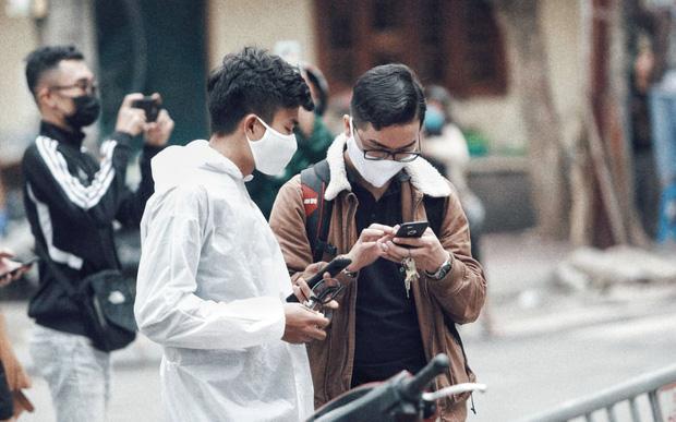 Câu chuyện về các phóng viên lăn xả vào điểm nóng để có được những hình ảnh, tin bài chân thực nhất trong mùa dịch Covid-19 tại Việt Nam-16