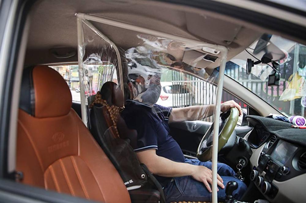 """Taxi công nghệ tung chiêu độc"""" đối phó với dịch bệnh Covid-19-8"""