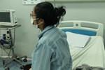 Tin vui: Bác ruột bệnh nhân 17 và 2 ca mắc COVID-19 nặng đã có 3 lần xét nghiệm âm tính-2