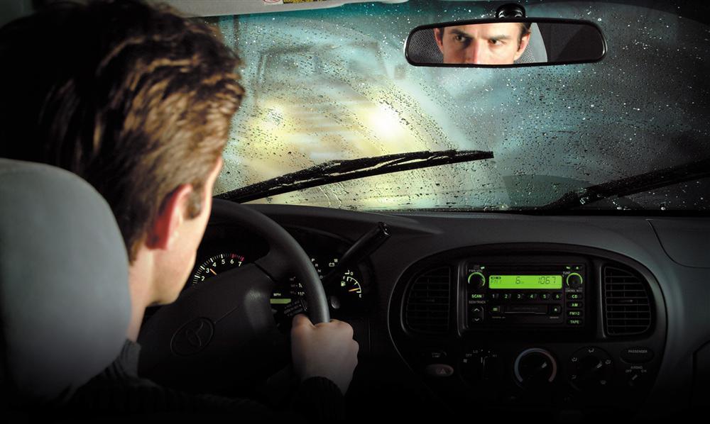 3 thói quen lái xe tài xế nào cũng mắc khiến ô tô dễ hư hỏng-1