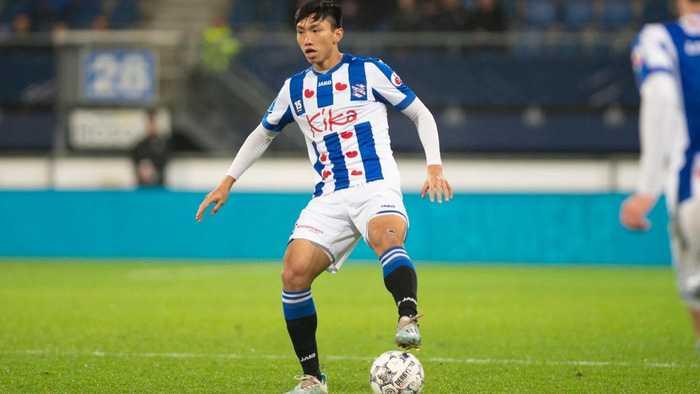 Đang nghỉ vì dịch Covid-19, SC Heerenveen vẫn tiến hành thanh lọc đội hình: 5 cầu thủ mất việc, cơ hội nào cho Văn Hậu?-3