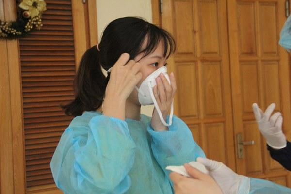 Hà Nội bắt đầu đón bệnh nhân làm xét nghiệm nhanh COVID-19, cho kết quả trong 10 phút-6