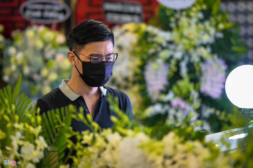 Lễ tang không tiếng kèn trống của Mai Phương-7