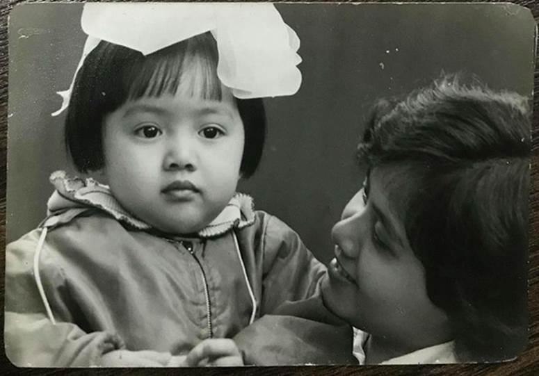 BTV Hoài Anh nhớ mẹ nhưng không thể về Sài Gòn thăm nhà vì dịch: Chưa bao giờ mong những cái chạm tay như lúc này, con sẽ trở về!-2