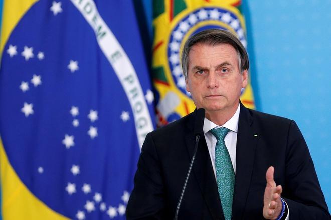 Tổng thống Brazil lên Facebookđăng tin giả về Covid-19-1