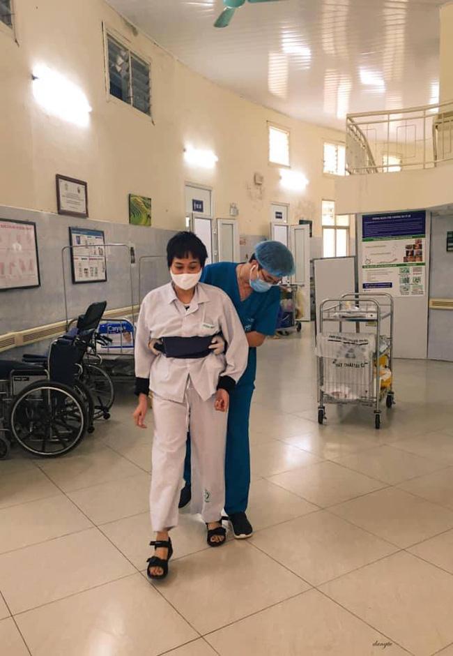 Những hình ảnh cảm động bên trong bệnh viện Bạch Mai-5