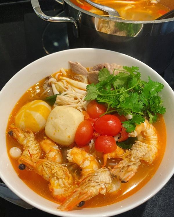 Nàng dâu Việt gợi ý thực đơn nấu ăn cho 2 người ngon như nhà hàng-2