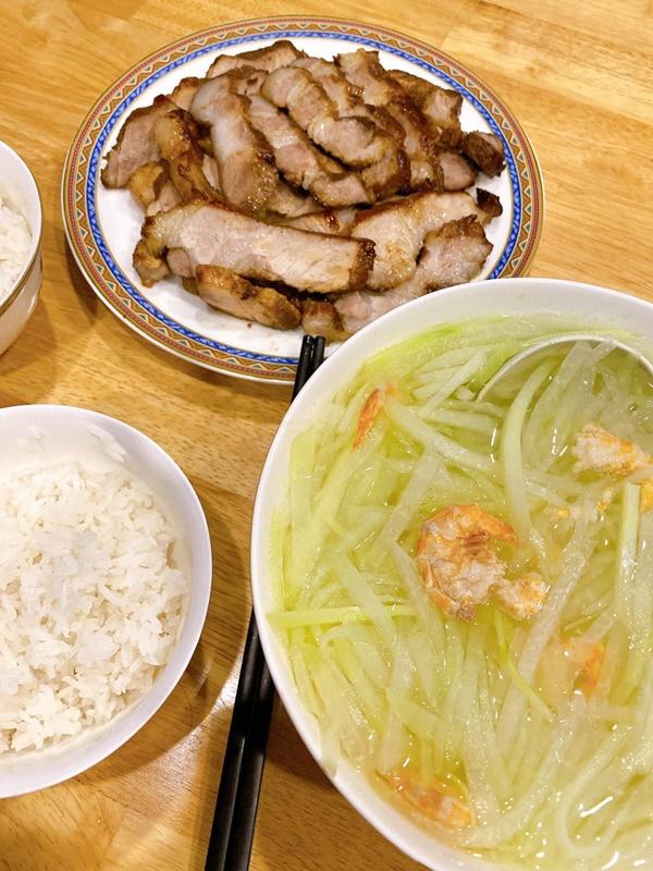 Nàng dâu Việt gợi ý thực đơn nấu ăn cho 2 người ngon như nhà hàng-10