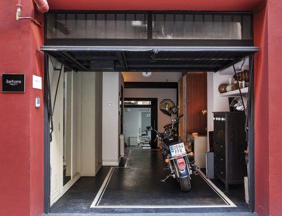 Ngôi nhà 30m² khiến chủ nhân chỉ muốn ở trong nhà do cách thiết kế kết hợp không gian sống và sở thích giải trí cá nhân-2
