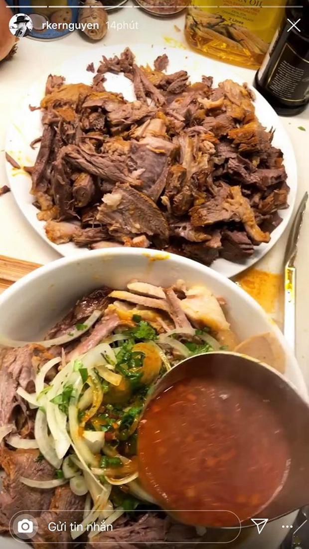 Không nhà hàng đắt đỏ, sao Vbiz tiết kiệm với mâm cơm nhà mùa dịch: Tóc Tiên nịnh chồng món ngon, Băng Di nấu bữa chỉ 50K-27